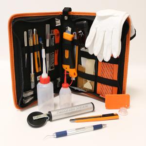 Työkalut sekä tarvikkeet ja profiilit